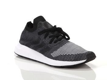 0448649f0f940 Adidas Swift Run PK Negro Hombre CQ2889